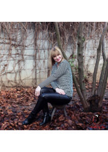 Hosszanti csíkos pulóver