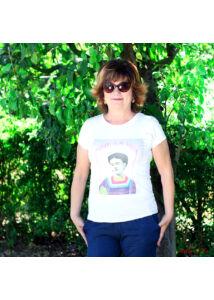 Frida Kahlo-mintás póló
