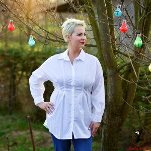 Gumis derekú fehér ing
