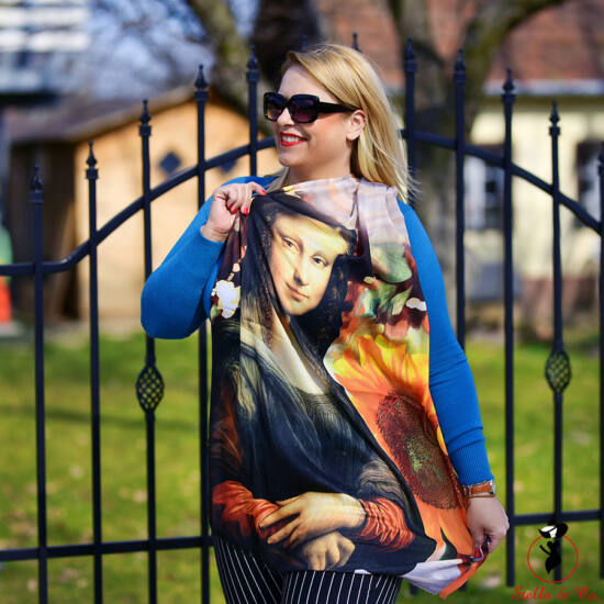 Mona Lisa-mintás viszkóz sál