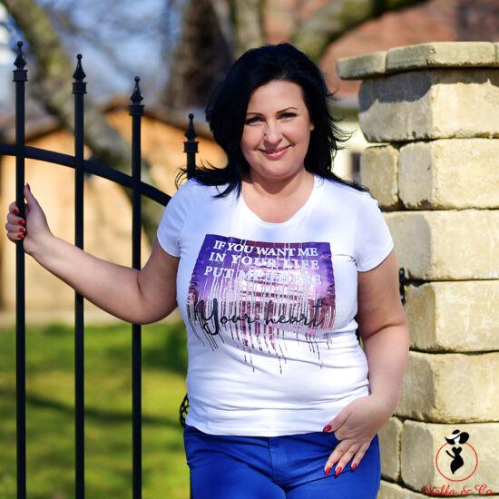Metál-lila- feliratos póló